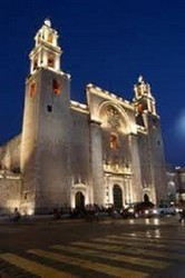 Vista panorámica de la catedral de Mérida