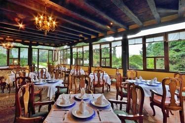 Restaurantes son de gran clase, rodeados de una atmósfera de ensueño.