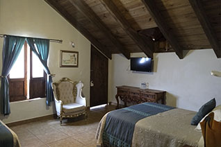 Internal view of the Double Suite room