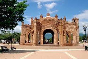 Vista de uno de los monumentos már reconocidos en Chiapa de Corzo
