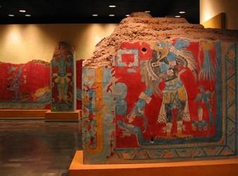 Monument représentatif des guerriers de Cacaxtla