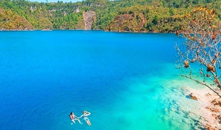 Podemos observar la pureza del agua en lagos de Montebello en un dia soleado