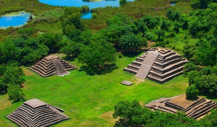 Vista aerea de las ruinas del Lagartero