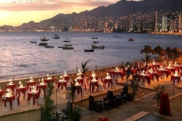 Área de eventos en la playa