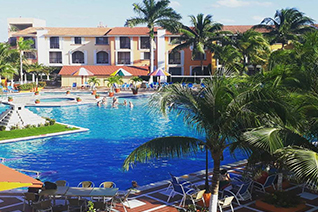 General view of the hotel pool