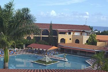 Piscina al aire libre del Hotel Cozumel & Resort