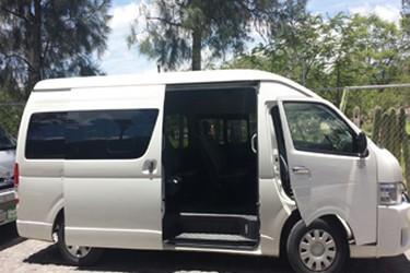 Vehículo con aire acondicionado