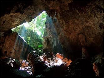 Entrada de Luz en las cuevas del Mamut