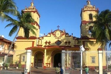 Fachada de la Iglesia de Catemaco