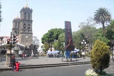 Vista de las torres de la catedral de Puebla