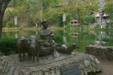 Monument à lenfant pasteur Benito Pablo Juarez, dans le lagon enchanté