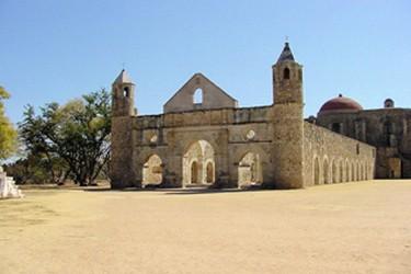 Antigo convento, agora abandonado