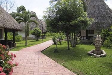 Interior del Ecoparque Los Aluxes