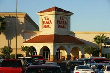 Vista exterior del centro comercial