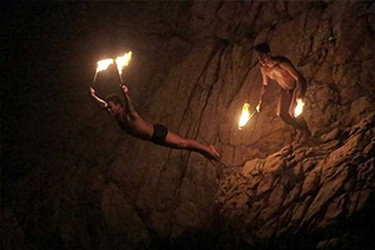 Clavados con fuego en Acapulco