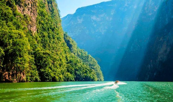 Paseo en bote por el Cañon del Sumidero