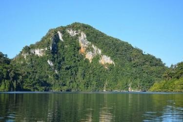Laguna en la selva Lacandona
