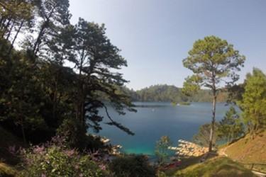 Vista lors de la tournée des lagunes de Montebello