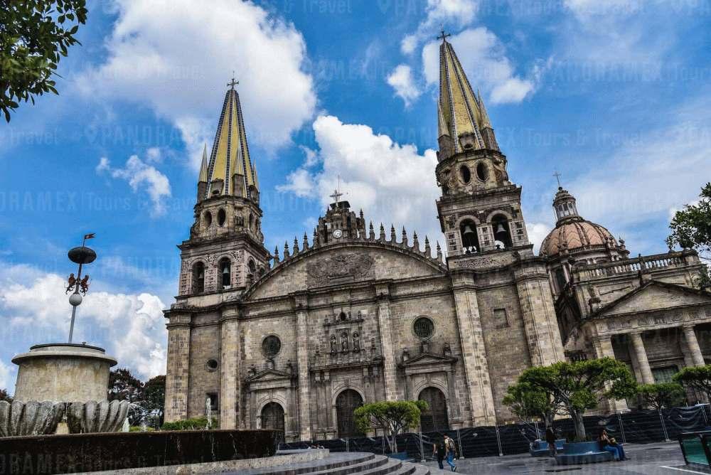 Vista de la Catedral de Guadalajara