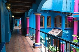 Vista general de pasillos en el Hotel
