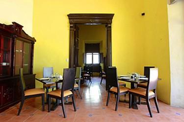 Interior del Hotel Embajadores