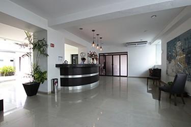 Área de recepción del Hotel Embajadores